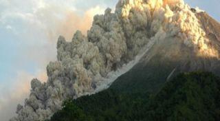 abu vulkkanik merapi