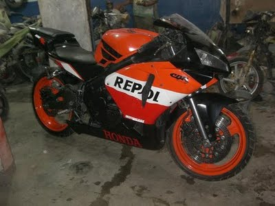 Honda CBR400RR with CBR600body